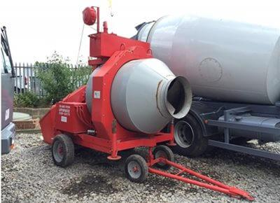 1 off Ex-Hire (year 2015) Hydromix BIR750/ID Reversible Drum Concrete Mixer