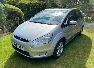 Used FORD Zetec model S-MAX People Carrier (2009)
